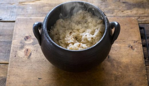【簡単】土鍋ご飯の炊き方!基本とコツを詳しく解説&玄米・炊き込みご飯のレシピまで